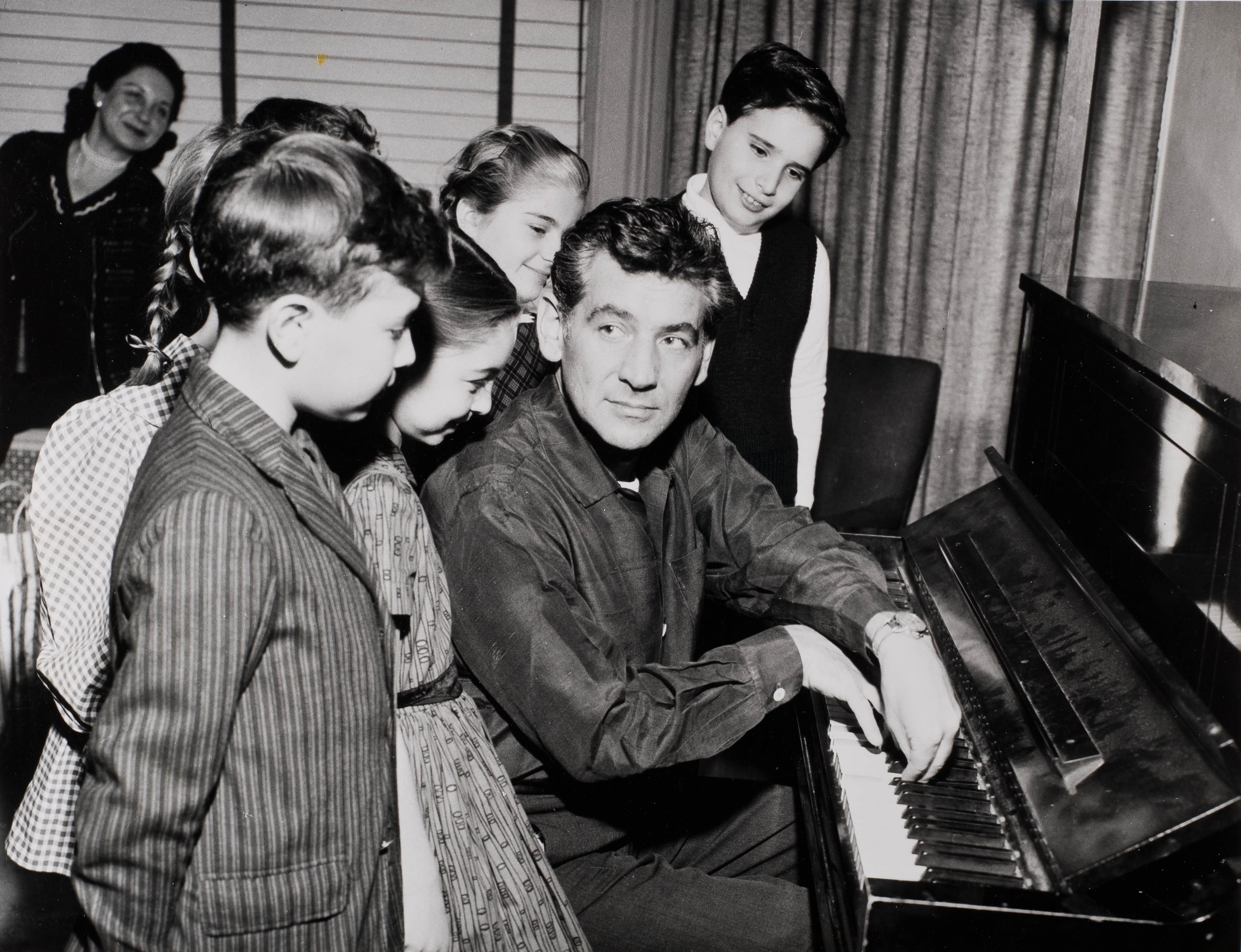 news/Happy Birthday, Leonard Bernstein!175/2.jpg